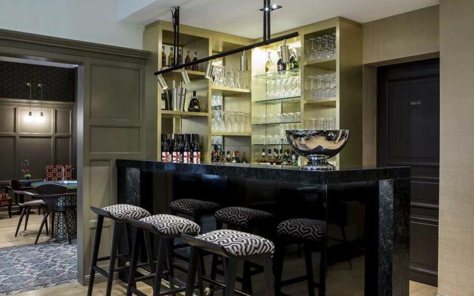 h tel de la tamise esprit de france a design boutique hotel paris france. Black Bedroom Furniture Sets. Home Design Ideas