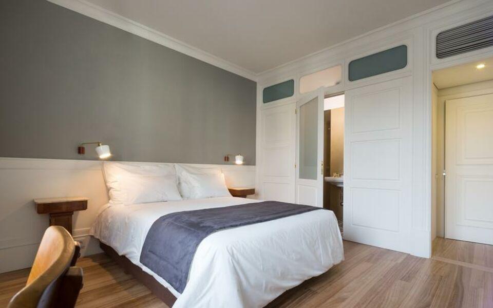 porto a s 1829 hotel a design boutique hotel porto portugal. Black Bedroom Furniture Sets. Home Design Ideas