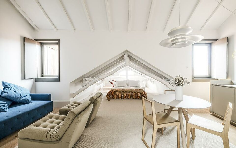 5 best boutique hotel bed breakfast in porto themag for Luxury boutique bed and breakfast