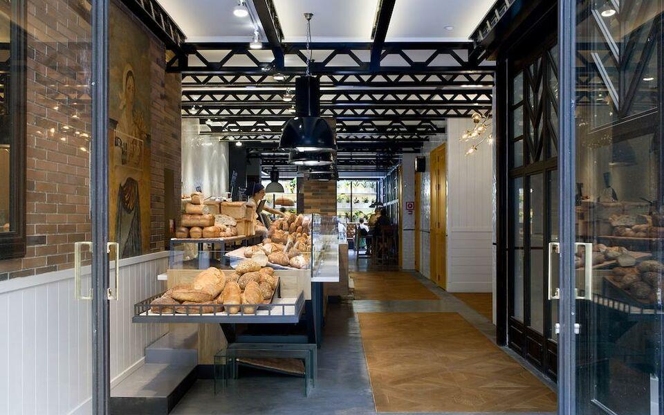 praktik bakery a design boutique hotel barcelona spain. Black Bedroom Furniture Sets. Home Design Ideas