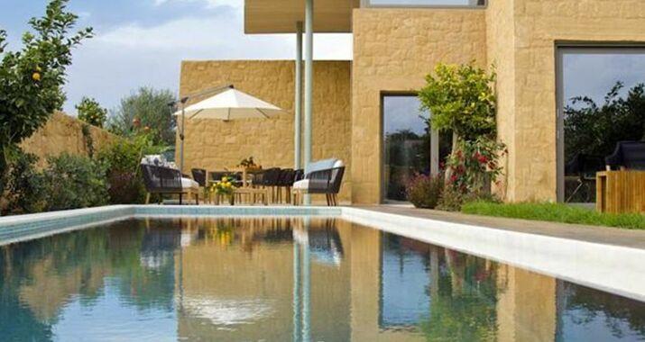 My villa crete a design boutique hotel platani s greece for Design hotel crete